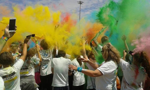 barvy nad lidmi
