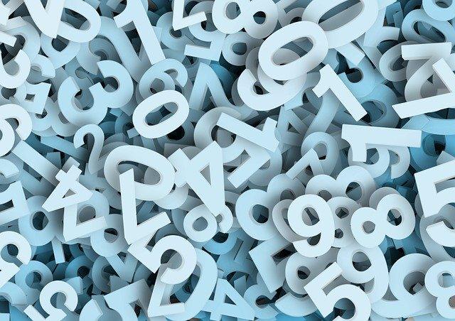 poházená hromada číslic